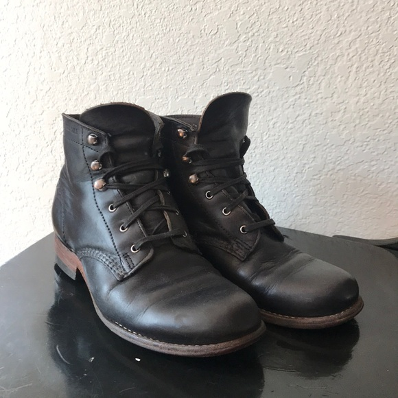 cd13be81c7c Classic Wolverine 1000 Mile Boots Black